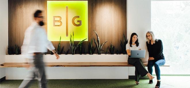 bg-office-logo